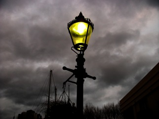 Street lamp St Kathrine's dock